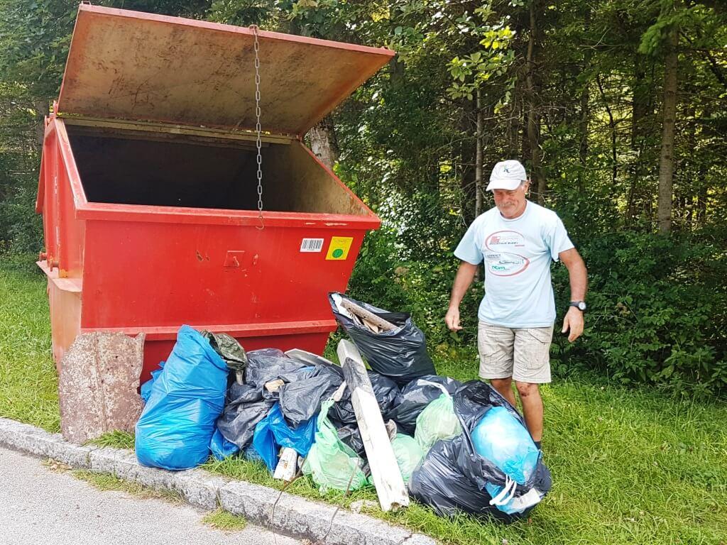 An der Isar vom Team Karwendel gesammelter Müll