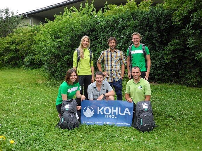 Mitarbeiter des Naturpakr mit Kohla Rucksäcken