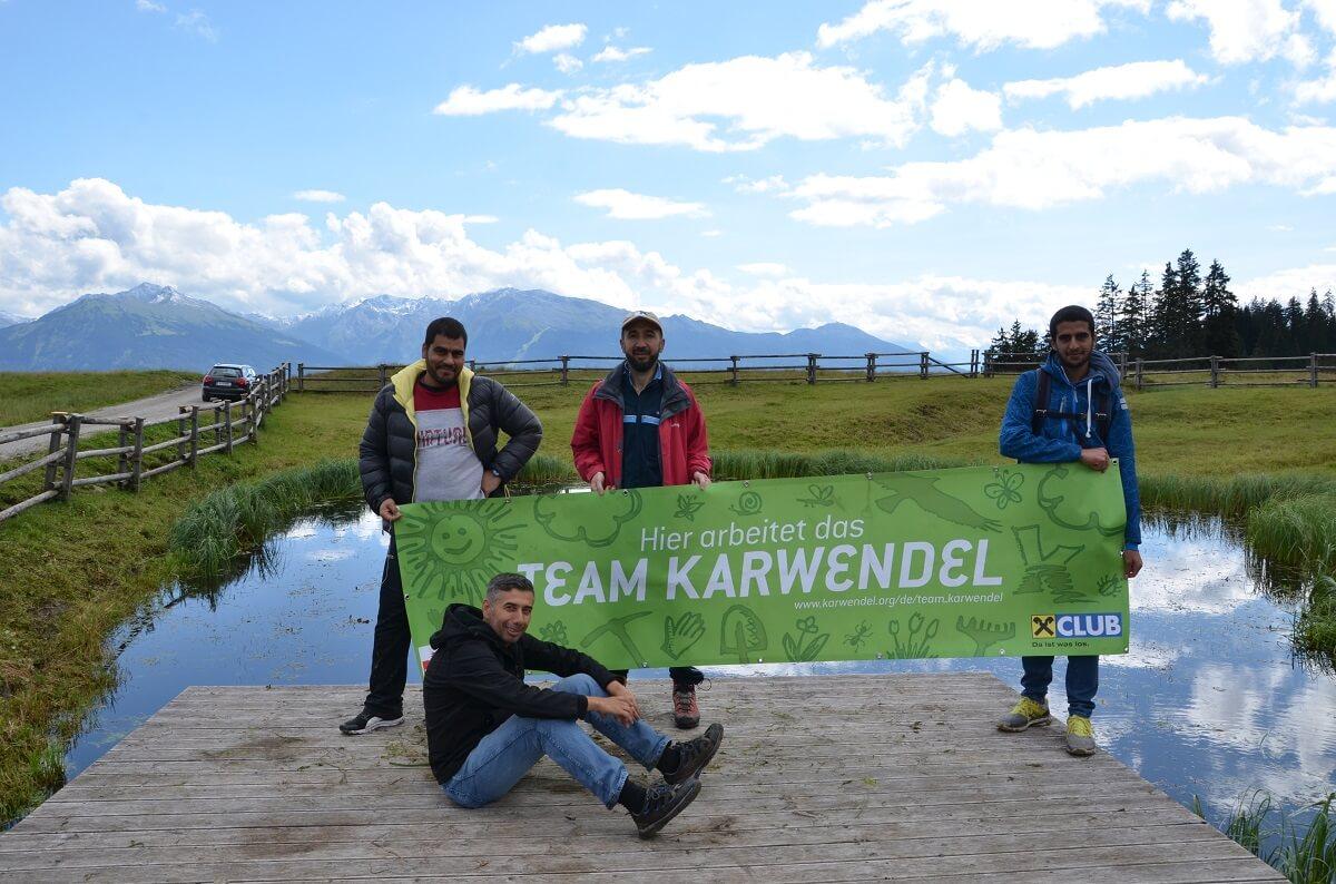 Team Karwendel bei der Reinigung der Walderalmteiche 2016